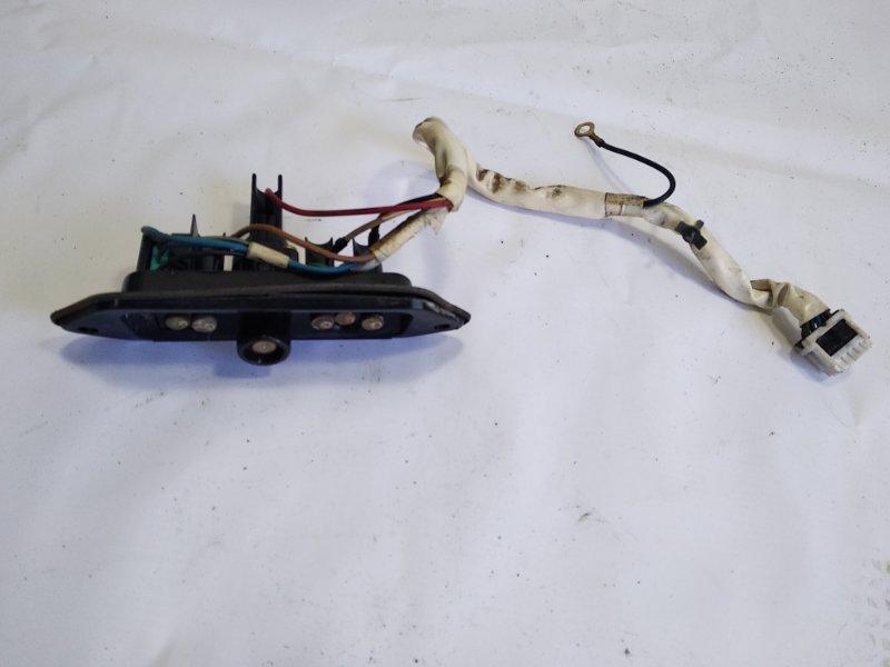 Контакт двери Nissan Liberty RM12 QR20DE 2001 задний правый