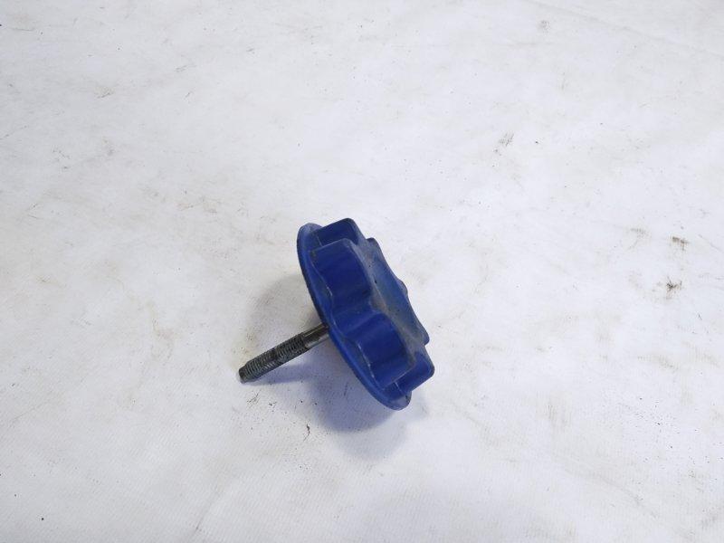Держатель запаски Toyota Aqua NHP10 1NZFXE 2012