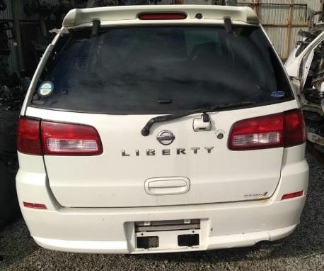 Спойлер Nissan Liberty RM12 QR20DE 2001 задний