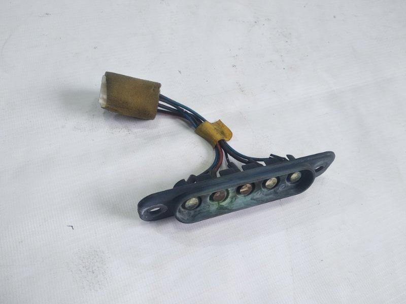 Контакт двери Mitsubishi Delica PA4W 4M40T 07.1996 задний левый