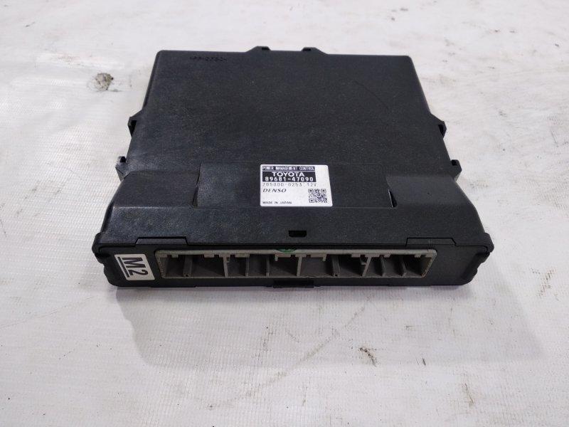 Блок упр. зарядкой аккумулятора Toyota Prius ZVW30 2ZRFXE 2009
