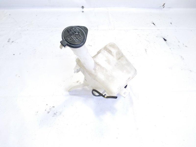 Бачок стеклоомывателя Toyota Vitz NCP131 1KRFE 2011 передний