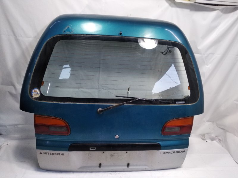 Дверь 5я Mitsubishi Delica PA4W 4M40T задняя