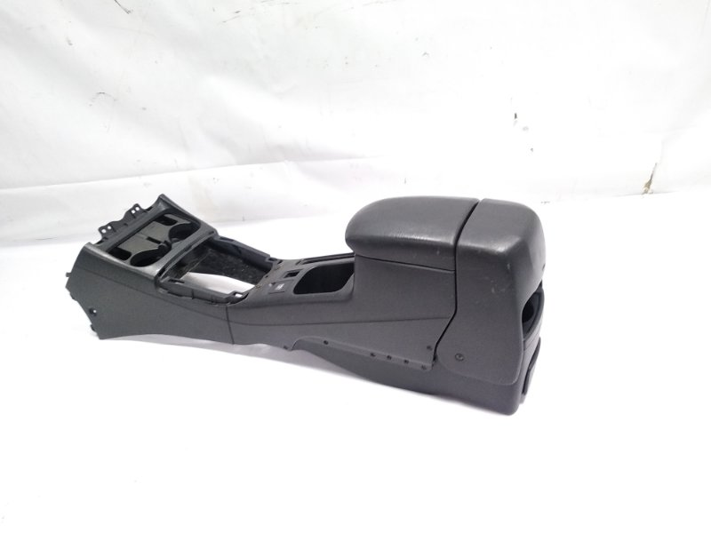 Бардачок между сиденьями Toyota Rav4 ACA21 1AZFSE 2005 передний