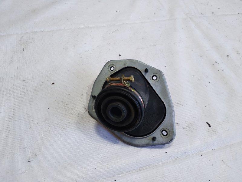 Пыльник рулевой колонки Toyota Land Cruiser UZJ100 2UZFE 2001