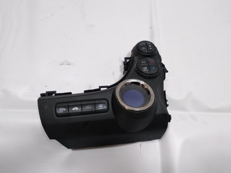 Блок управления климат-контролем Honda Fit GP1 LEA 2012
