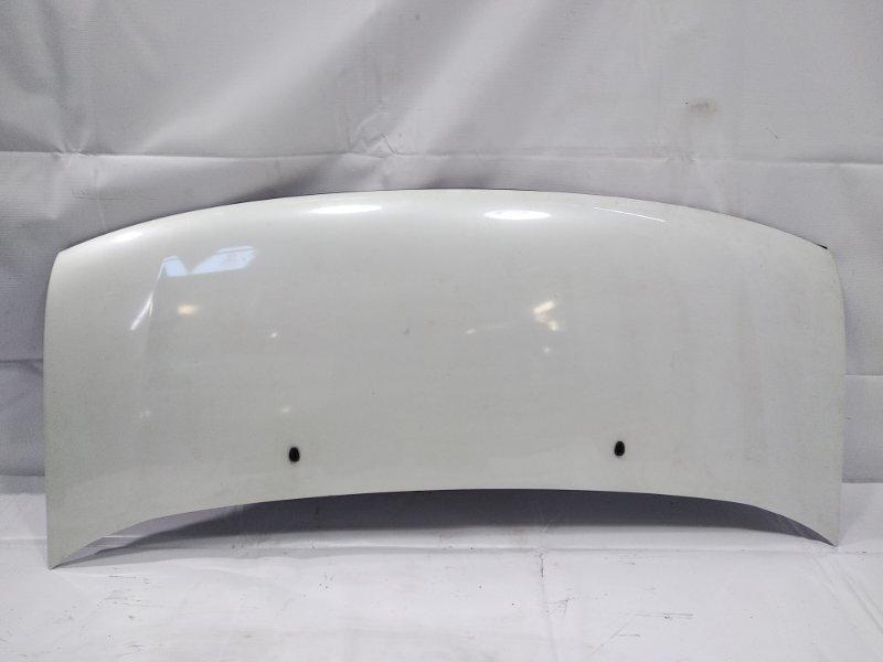 Капот Nissan Elgrand AVWE50 QD32ETI 1997 передний