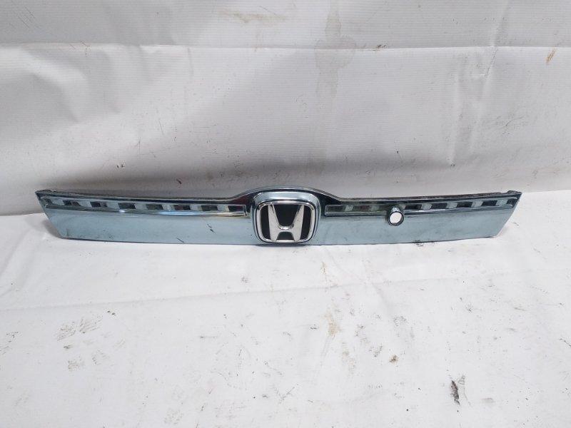 Накладка 5-й двери Honda Fit GP1 LEA 2012 задняя