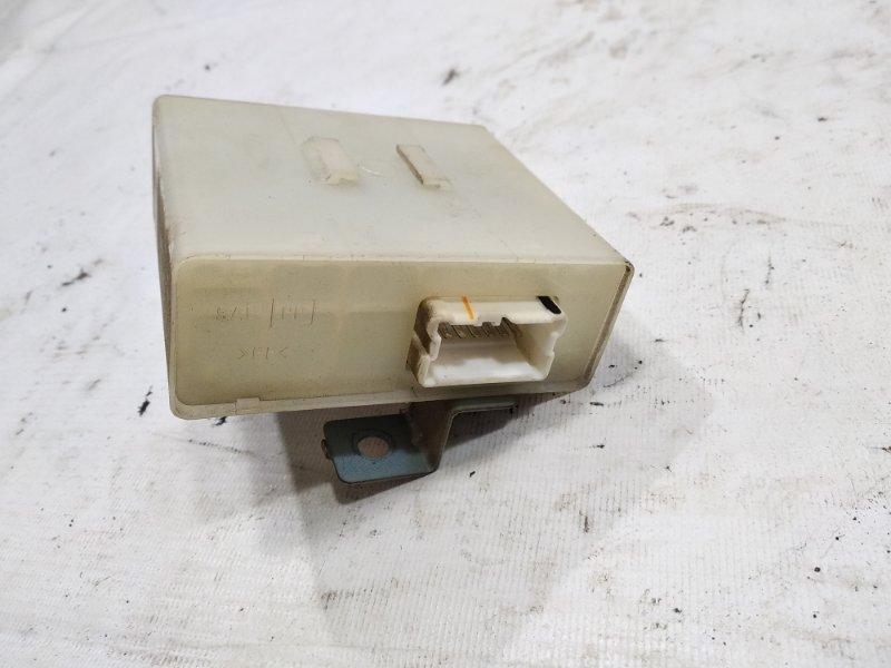 Блок управления замками Nissan Terrano Regulus JLR50 VG33E 2001