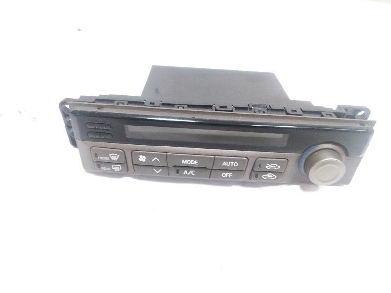 Блок управления климат-контролем Nissan Presage HU30 KA24DE 1998 передний