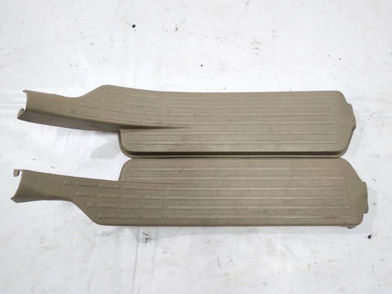 Накладка на порог салона Nissan Presage HU30 KA24DE 1998 задняя правая