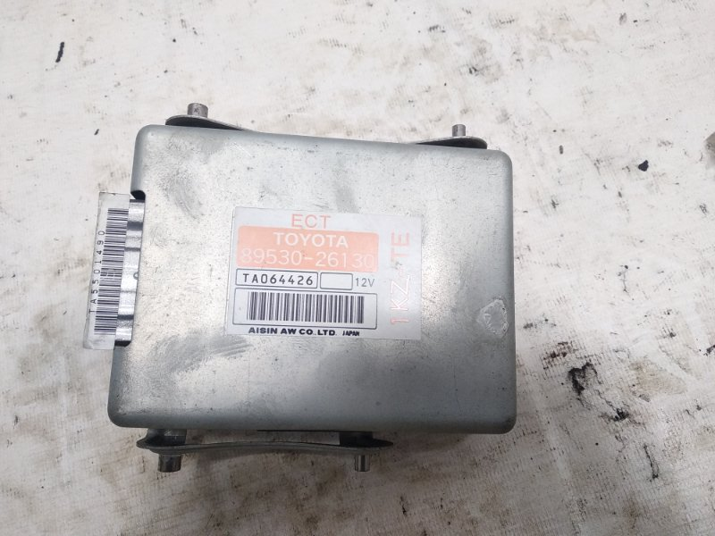Блок управления автоматом Toyota Hiace KZH106G 1KZTE 1995