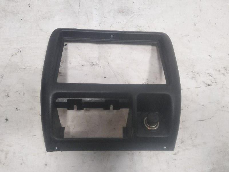 Консоль магнитофона Suzuki Jimny JB23W G13B 1998