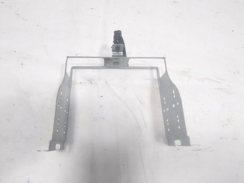 Крепление магнитофона Suzuki Jimny JB23W G13B 1998