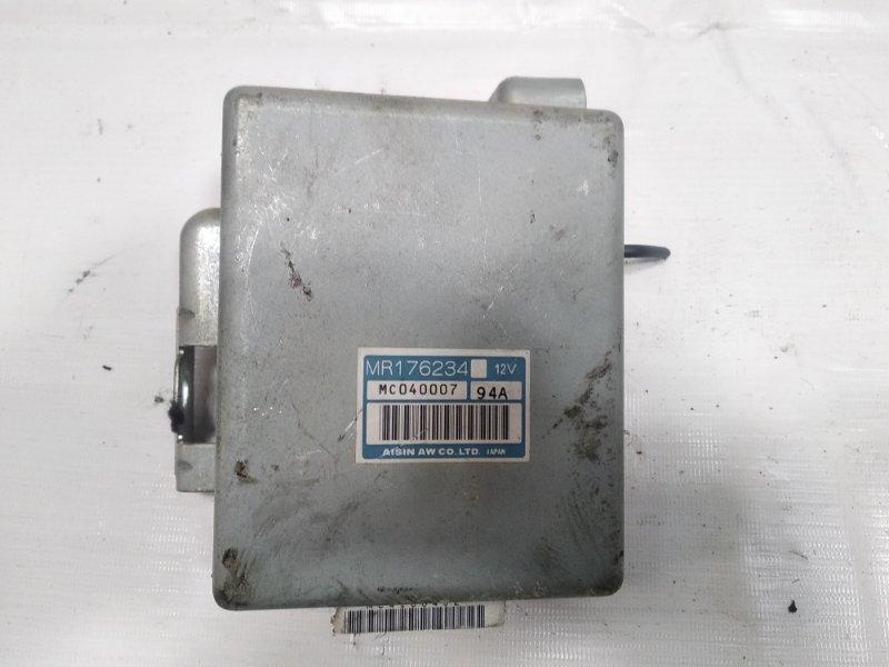 Блок управления автоматом Mitsubishi Pajero V21W 4M40 1994