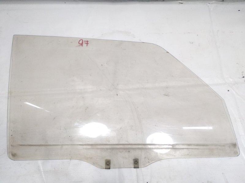Стекло двери Mitsubishi Pajero V21W 4M40 1994 переднее правое