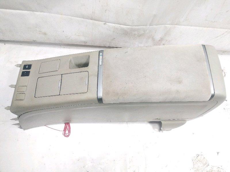 Бардачок между сиденьями Toyota Estima AHR20W 2AZFXE 2009 передний