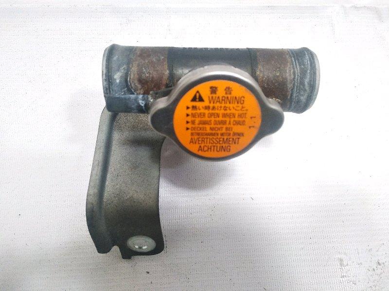 Горловина радиатора Mitsubishi Rvr GA3W 4B10 2010 передняя