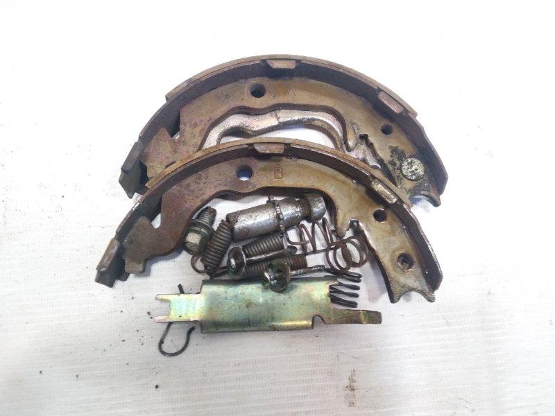 Механизм стояночного тормоза Mitsubishi Rvr GA3W 4B10 2010 задний правый