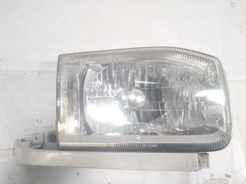 Фара Nissan Terrano Regulus JLR50 ZD30DDTI 2001 передняя правая
