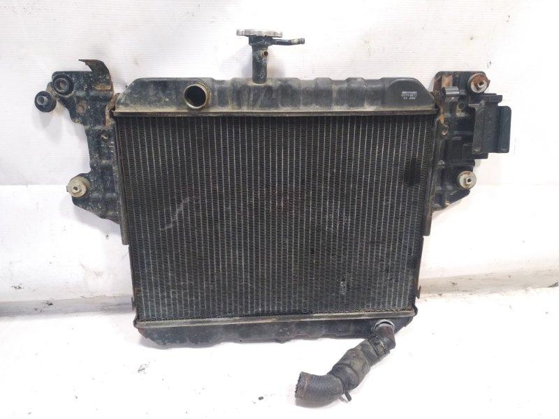 Радиатор основной Daihatsu Rocky F300S HDE 1993