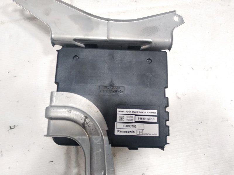 Блок управления тормозами Toyota Estima AHR20W 2AZFXE 2009