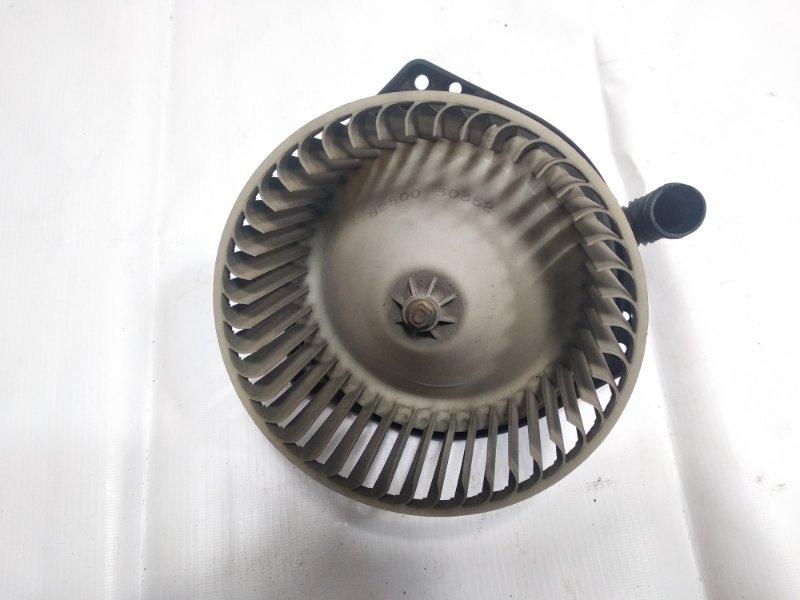 Мотор печки Nissan Terrano Regulus JLR50 VG33E 1999 передний