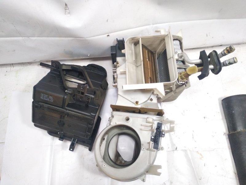 Печка Nissan Terrano Regulus JLR50 VG33E 1999 передняя