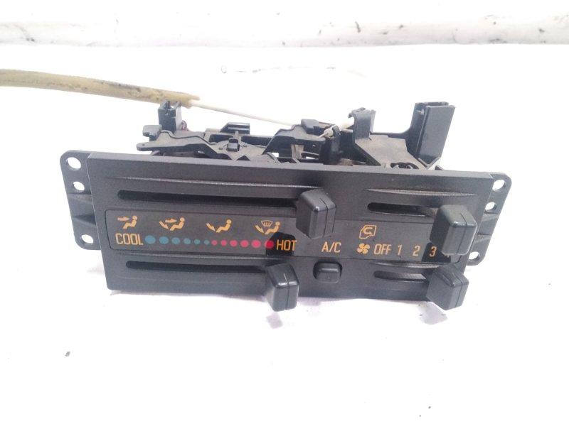 Блок управления климат-контролем Isuzu Elf NHR69E 4HF1 1997 передний