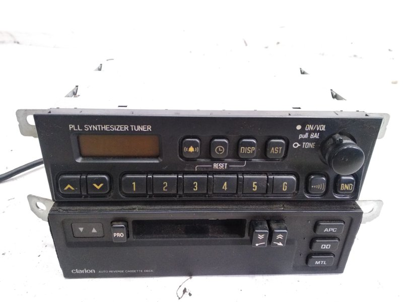 Магнитофон Isuzu Elf NHR69E 4HF1 1997