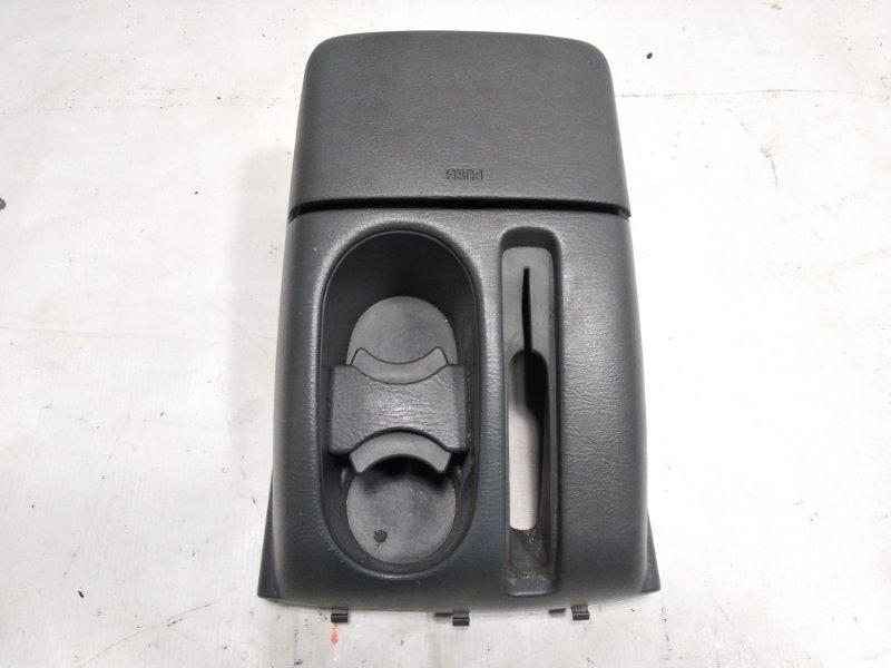 Бардачок между сиденьями Suzuki Escudo TA52W J20A 2002