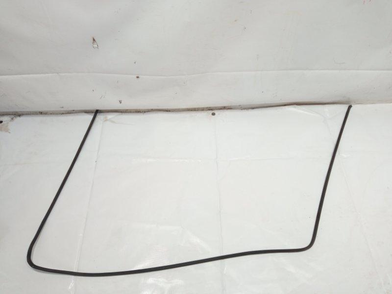 Молдинг лобового стекла Toyota Caldina CT216 3CTE 2001 передний
