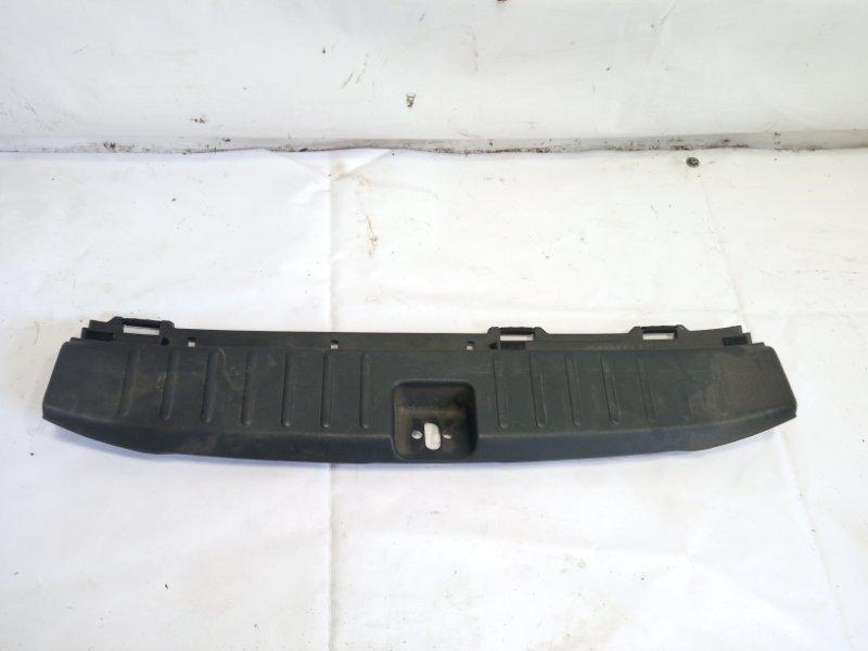 Пластик замка багажника Mercedes-Benz S-Class WDB220 М113Е50 2001 задний