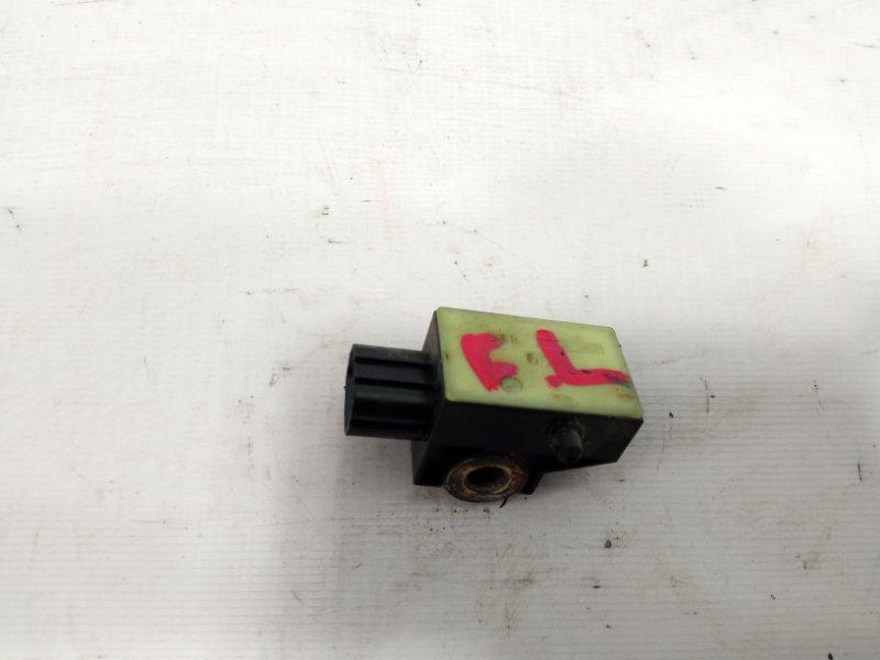 Датчик airbag Honda Fit GP1 L15A 2010 передний левый