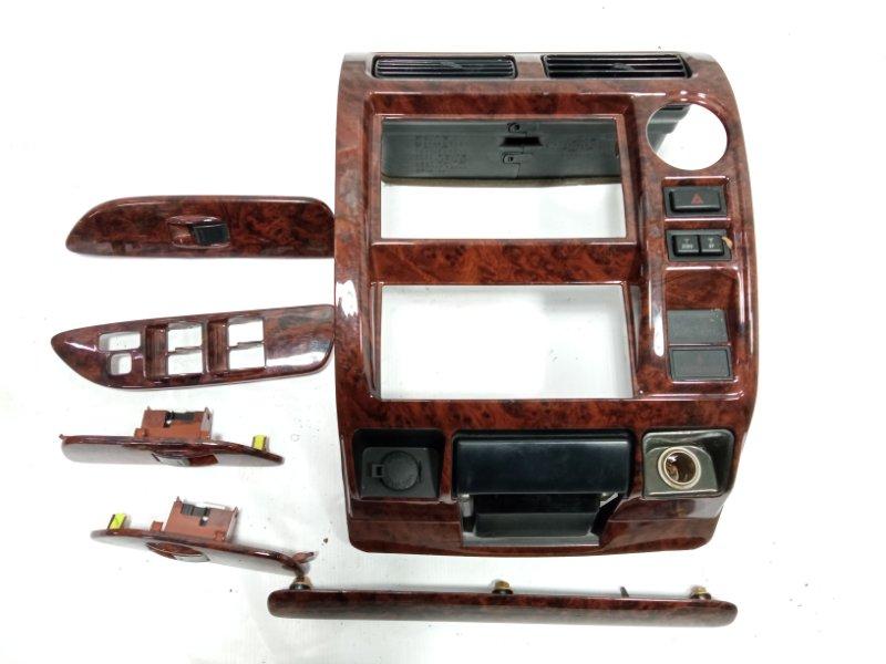 Консоль магнитофона Toyota Land Cruiser Prado VZJ95 1KDFTV 2001 передний