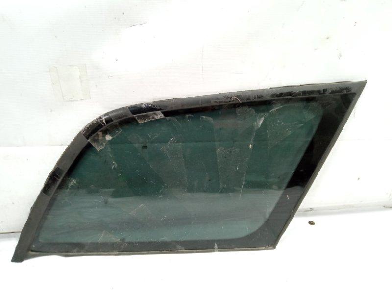 Стекло собачника Toyota Caldina CT216 3CTE 2001 заднее правое