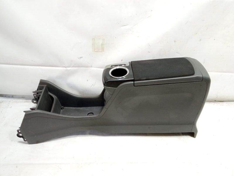 Бардачок между сиденьями Toyota Prius Alpha ZVW41 2ZRFXE 2011