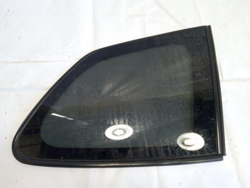 Стекло собачника Toyota Corolla Fielder NRE161 1NZFXE 2013 заднее правое