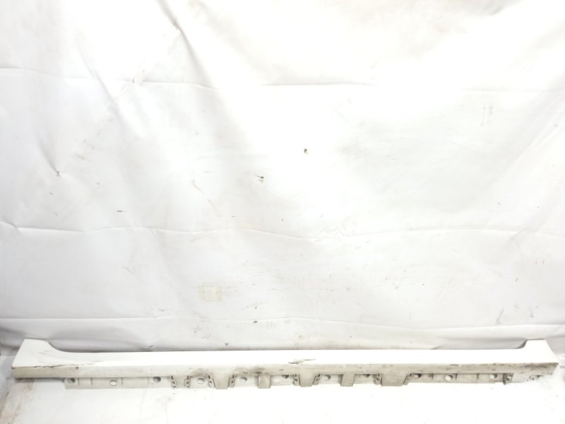 Порог Toyota Corolla Fielder NKE165 2ZRFAE 2012 правый