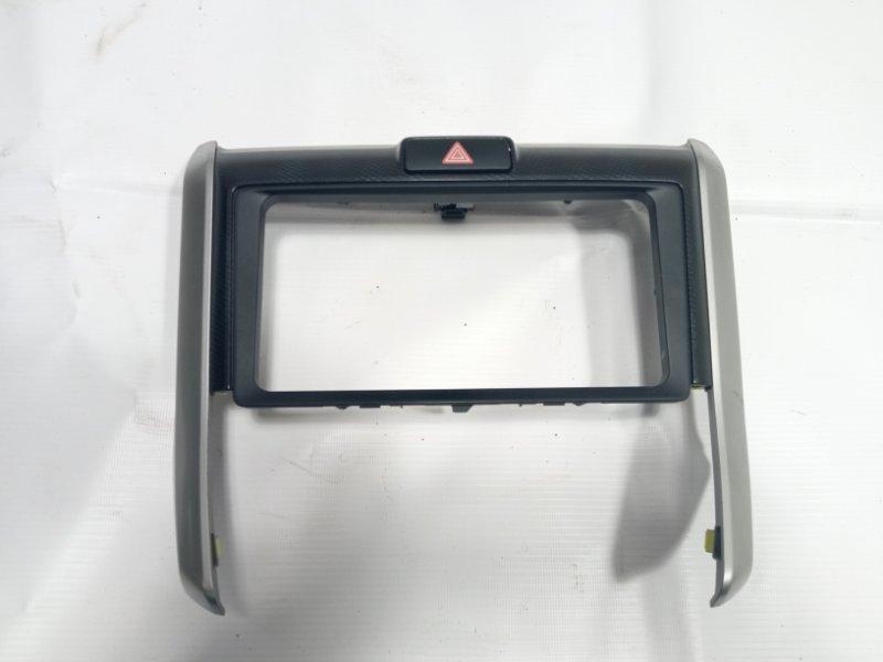 Консоль магнитофона Toyota Corolla Fielder NKE165 2ZRFAE 2012 передний