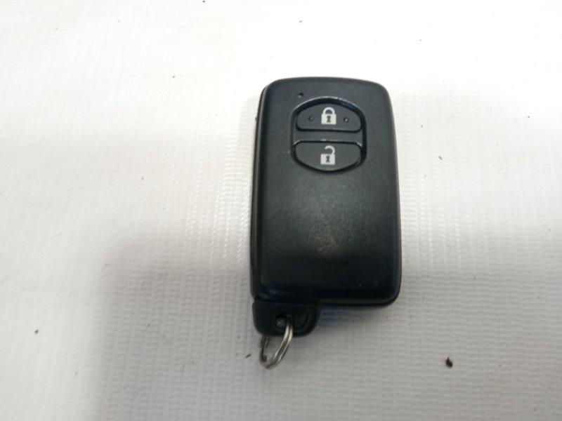 Ключ зажигания Toyota Corolla Fielder NKE165 2ZRFAE 2012 передний
