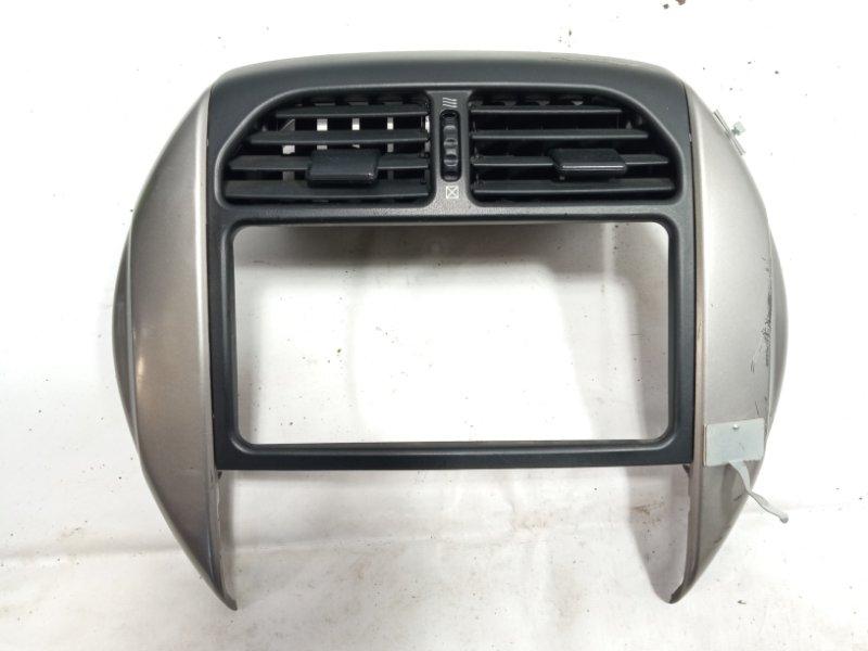 Консоль магнитофона Toyota Rav4 ACA20 1AZFSE 2005 передний