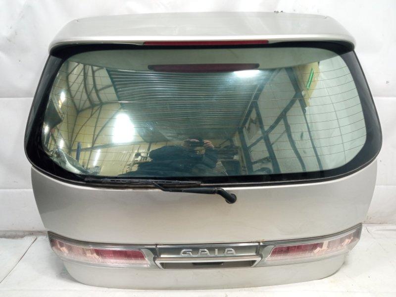 Дверь 5я Toyota Gaia SXM10 3CTE 2002 задняя