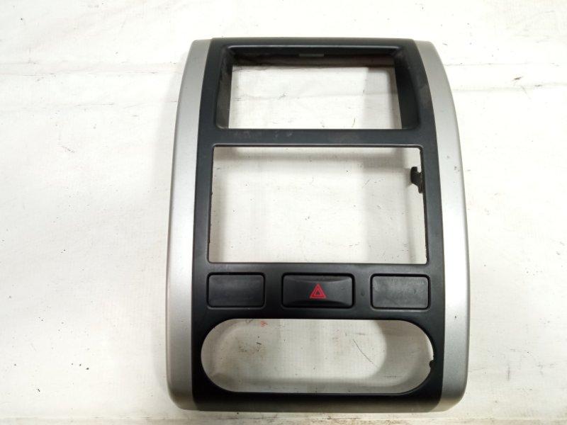 Консоль магнитофона Nissan Xtrail T31 M9R 2008 передний