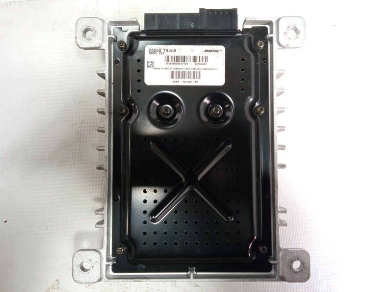 Усилитель магнитофона Infiniti Qx56 JA60 VK56DE 2005