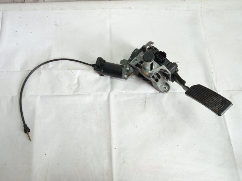 Педаль подачи топлива Infiniti Qx56 JA60 VK56DE 2005 передняя левая
