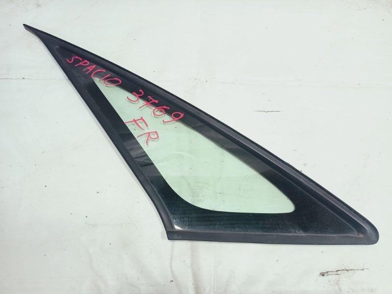 Стекло Toyota Corolla Spacio ZZE122 1ZZFE 2005 переднее правое