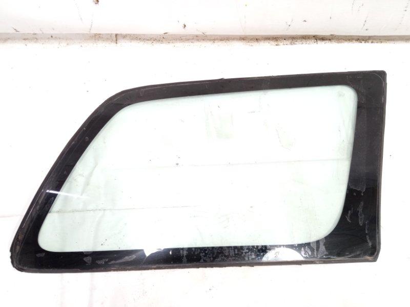 Стекло собачника Toyota Corolla Fielder NZE121 3CE 2002 заднее правое