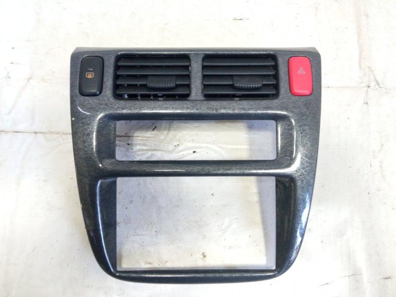 Консоль магнитофона Honda Hrv GH1 D16A 2004