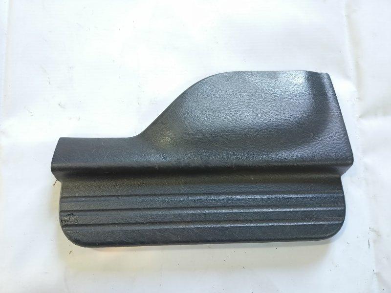Накладка на порог салона Honda Hrv GH1 D16A 2000 задняя левая